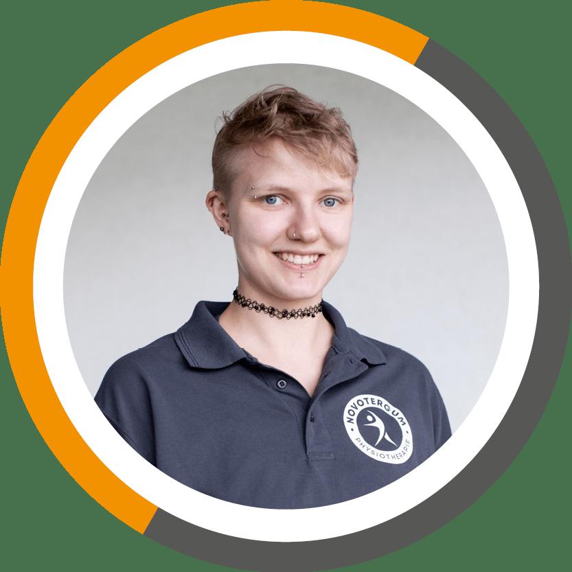 Mitarbeiterin in Troisdorf bei Physiotherapie NOVOTERGUM